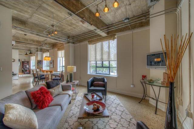 Sold Property   710 Colorado ST #I-2 Austin, TX 78701 14