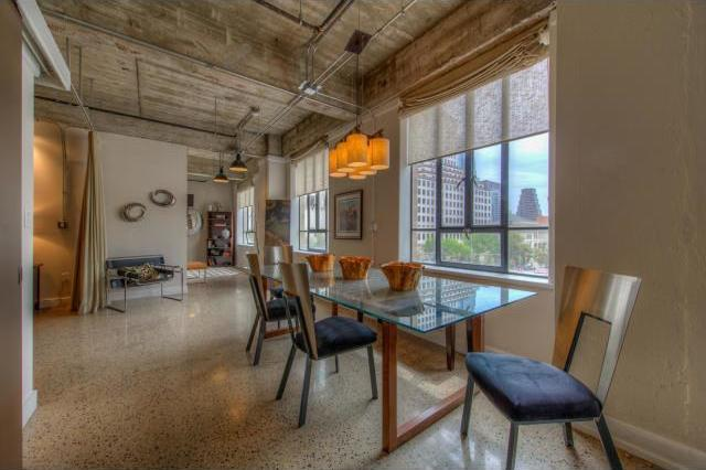 Sold Property   710 Colorado ST #I-2 Austin, TX 78701 8