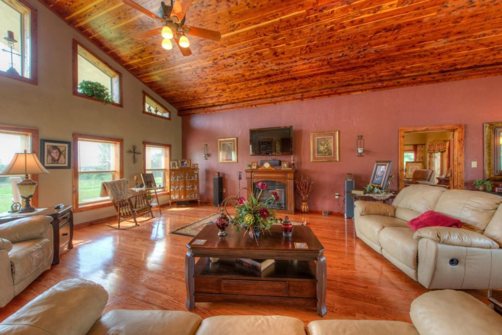 Sold Property | 695 County Rd 344  Jarrell, TX 76537 4