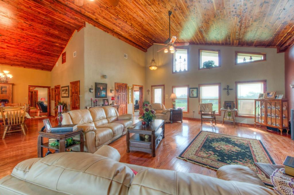 Sold Property | 695 County Rd 344  Jarrell, TX 76537 6