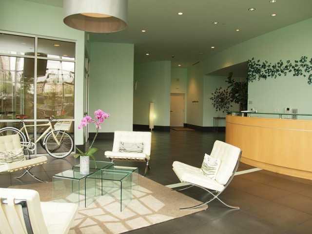 Sold Property | 603 Davis ST #606 Austin, TX 78701 1