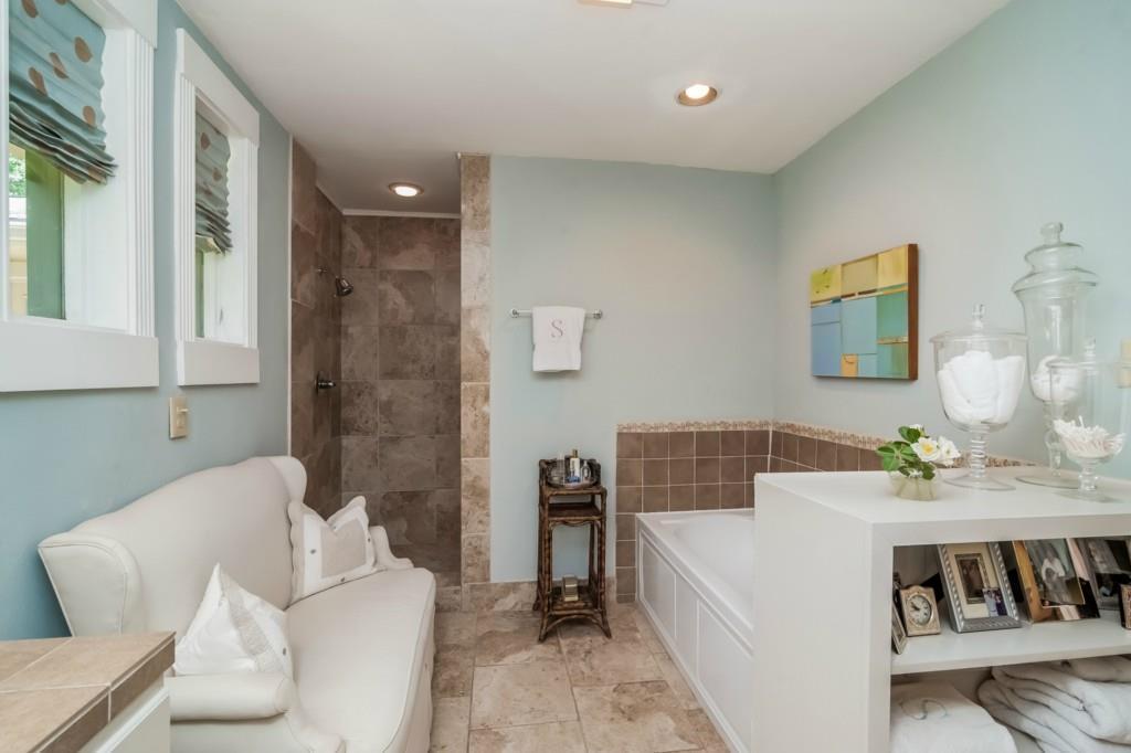 Sold Property | 4013 Far West  Austin, TX 78731 24