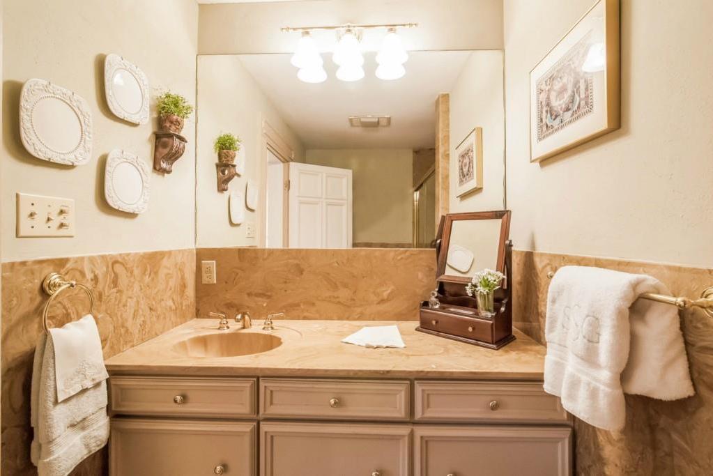 Sold Property | 4013 Far West  Austin, TX 78731 28