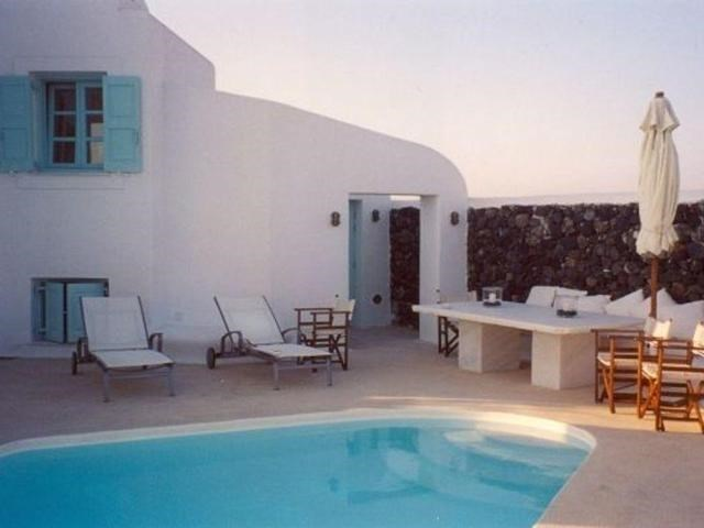 Active | 22 OIA SANTORINI KYKLADES  Outside Area (Inside Ca),  84700 17