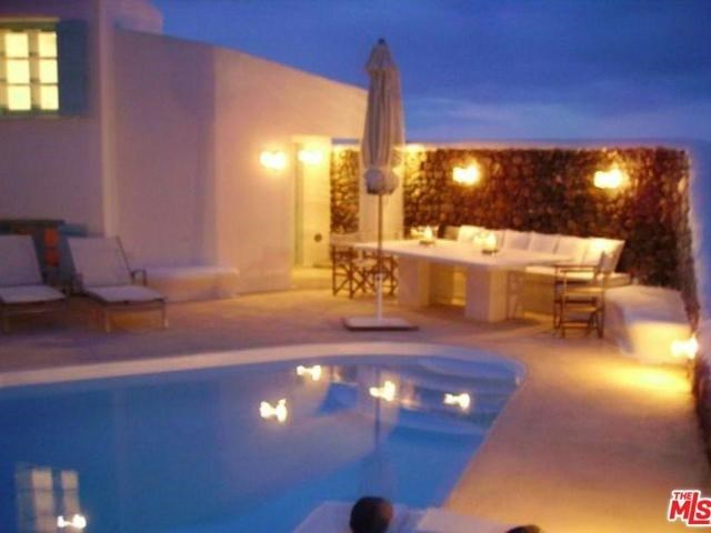 Active | 22 OIA SANTORINI KYKLADES  Outside Area (Inside Ca),  84700 6