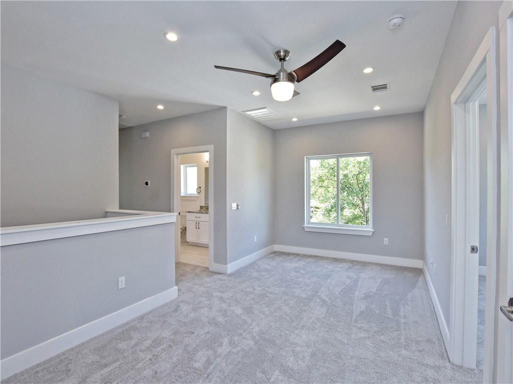 Sold Property | 5402 Woodrow  AVE #B Austin, TX 78756 11