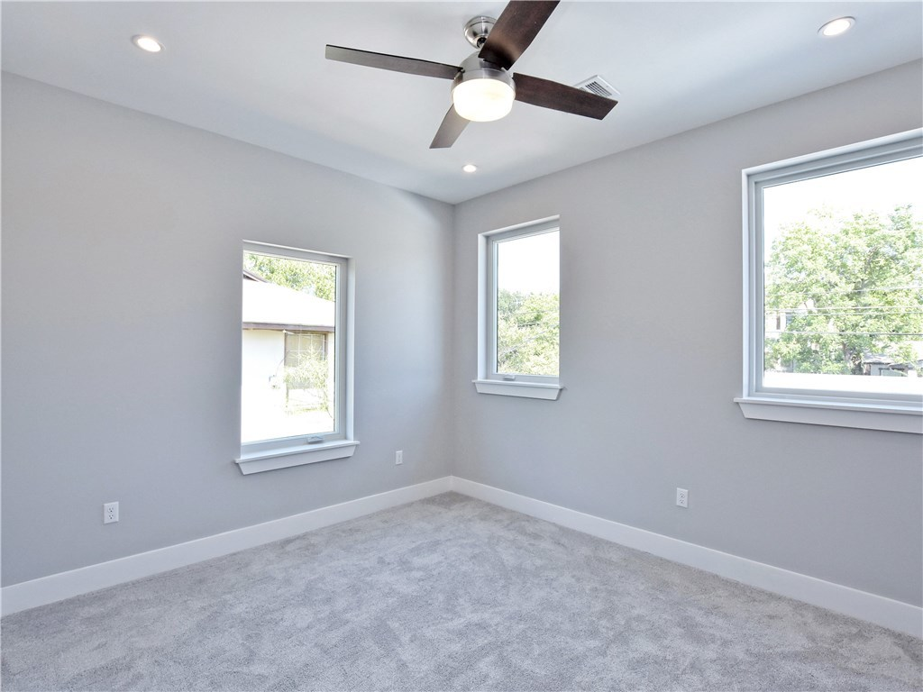 Sold Property | 5402 Woodrow  AVE #B Austin, TX 78756 17