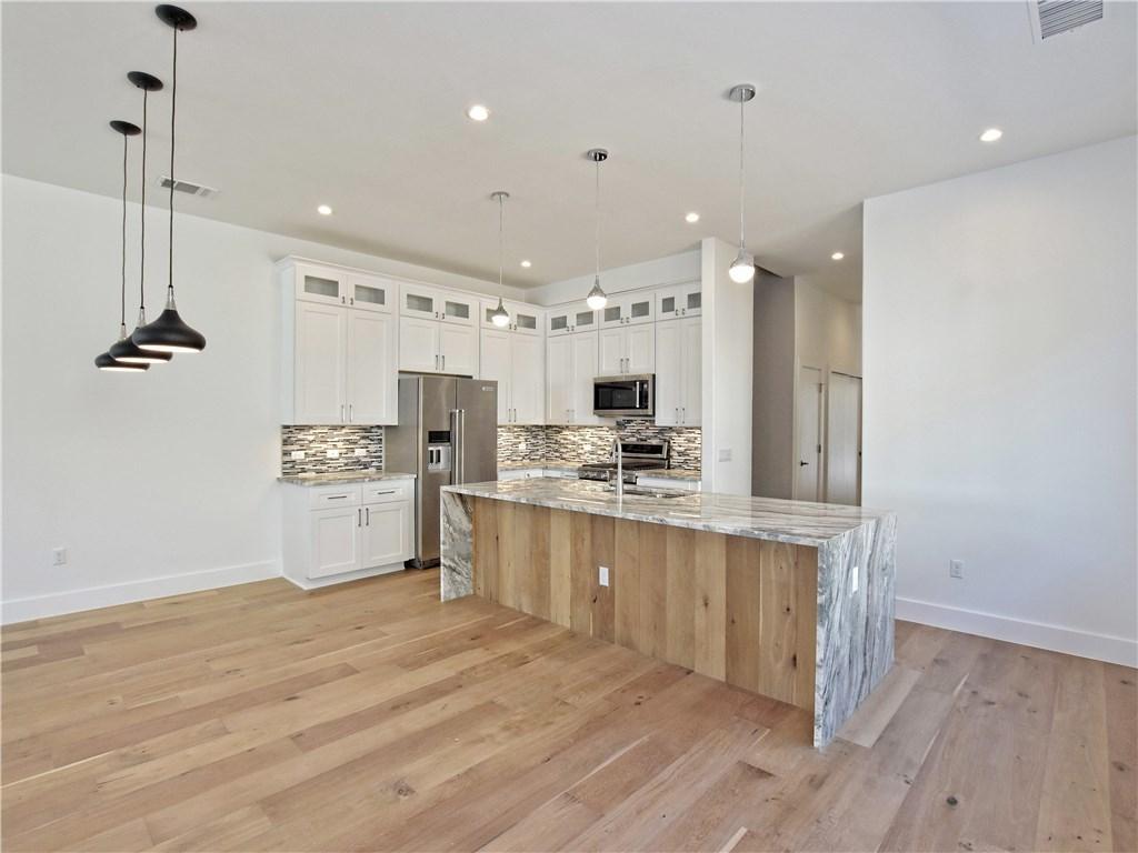 Sold Property | 5402 Woodrow  AVE #B Austin, TX 78756 6