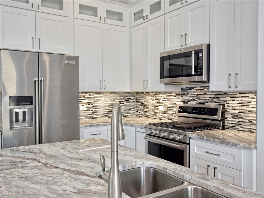 Sold Property | 5402 Woodrow  AVE #B Austin, TX 78756 8