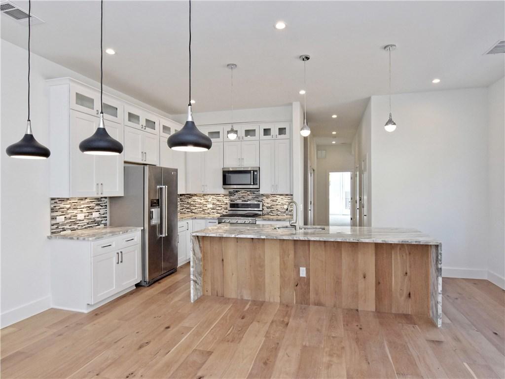 Sold Property | 5402 Woodrow  AVE #B Austin, TX 78756 9