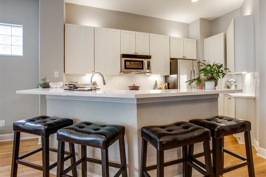 Sold Property | 1411 Villars Street Dallas, Texas 75204 10