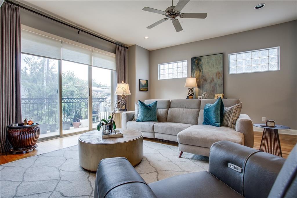 Sold Property | 1411 Villars Street Dallas, Texas 75204 3