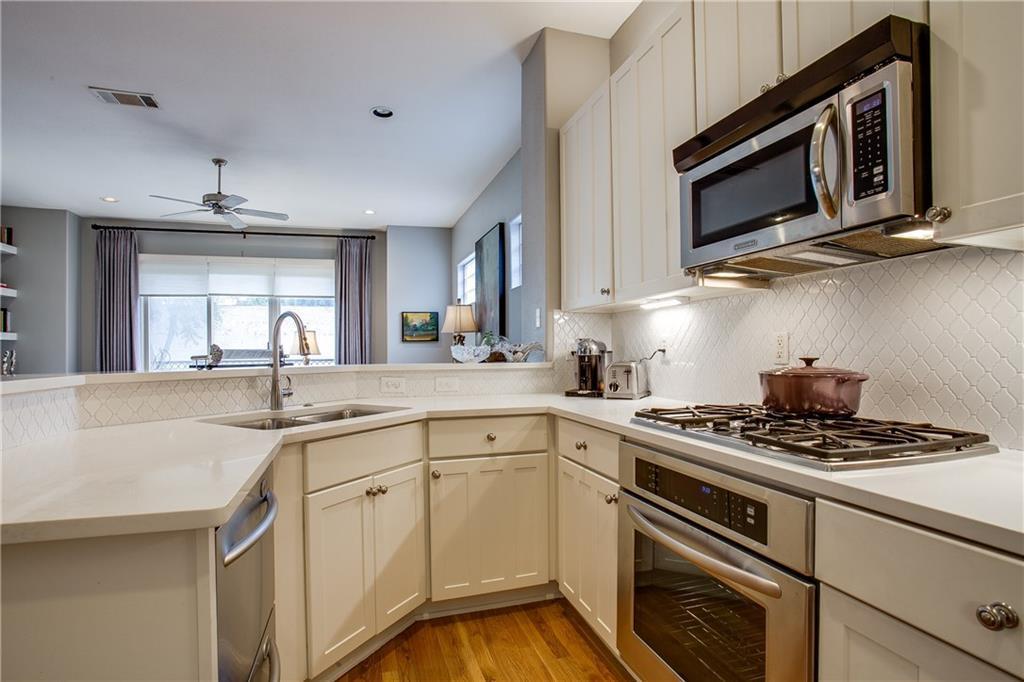 Sold Property | 1411 Villars Street Dallas, Texas 75204 7