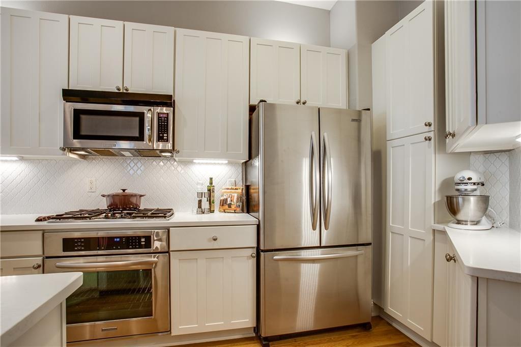 Sold Property | 1411 Villars Street Dallas, Texas 75204 9