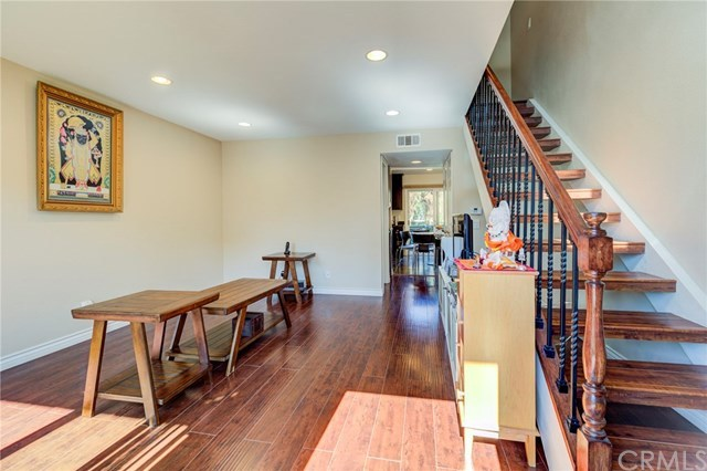 Closed | 5927 E Creekside Avenue #14 Orange, CA 92869 1