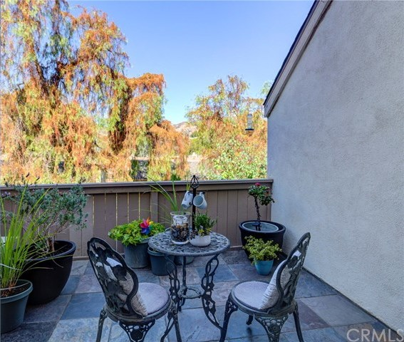 Closed | 5927 E Creekside Avenue #14 Orange, CA 92869 11