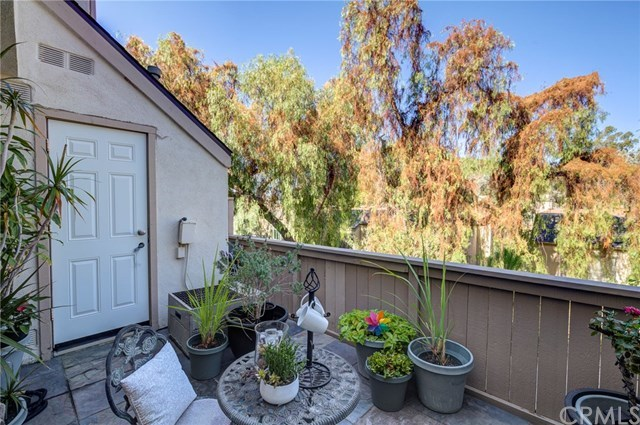 Closed | 5927 E Creekside Avenue #14 Orange, CA 92869 14