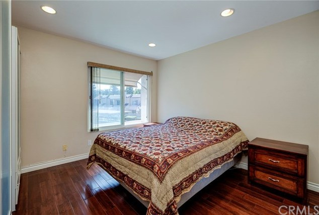 Closed | 5927 E Creekside Avenue #14 Orange, CA 92869 17