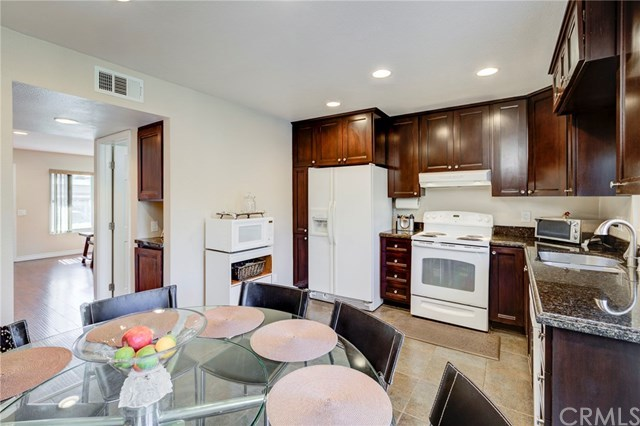 Closed | 5927 E Creekside Avenue #14 Orange, CA 92869 8