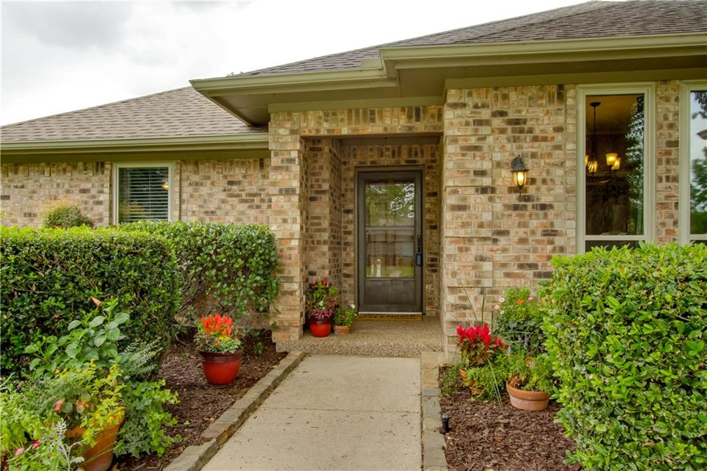 Sold Property | 135 Meadow Run Circle Coppell, Texas 75019 4
