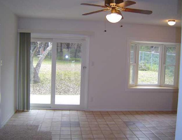 Sold Property | 6105 Cimmaron TRL Lago Vista, TX 78645 4