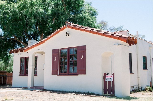 Closed | 15906 devonshire  Granada Hills, CA 91344 2