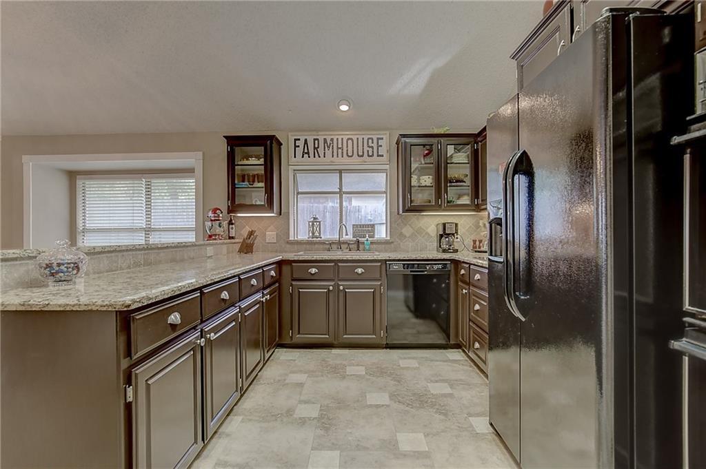 Sold Property | 5505 Eagle Rock Road Arlington, Texas 76017 28