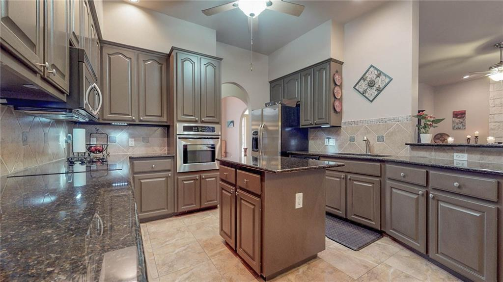 Sold Property | 304 Copperleaf RD Lakeway, TX 78734 3