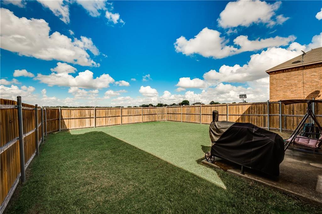 Custom Home Lancaster   1815 Olympus Drive Lancaster, Texas 75134 37