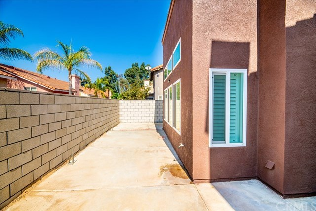 Closed | 11824 Bronze Lane Fontana, CA 92337 37