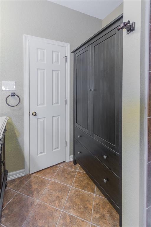 Closed   4401 W Cordoba Circle Georgetown, TX 78628 26