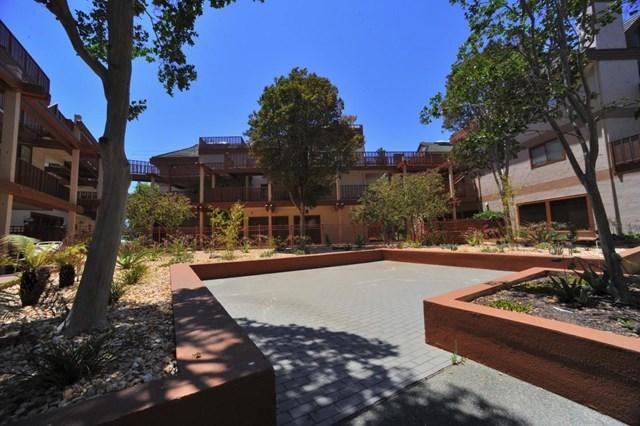 Pending | 4159 El Camino Way #K Palo Alto, CA 94306 17
