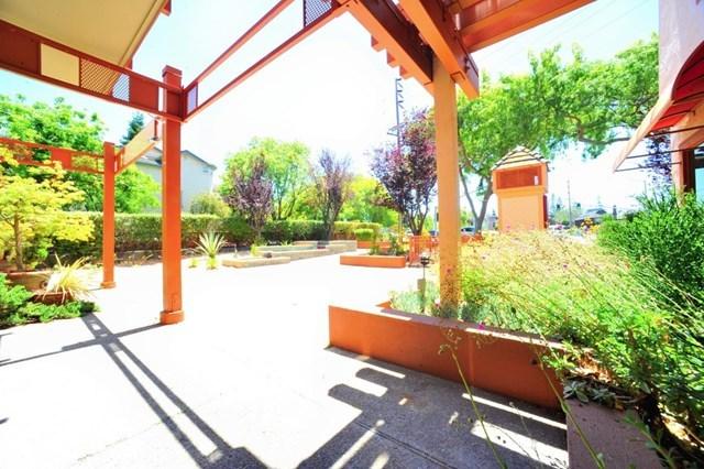 Pending | 4159 El Camino Way #K Palo Alto, CA 94306 18