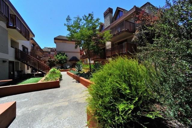 Pending | 4159 El Camino Way #K Palo Alto, CA 94306 19