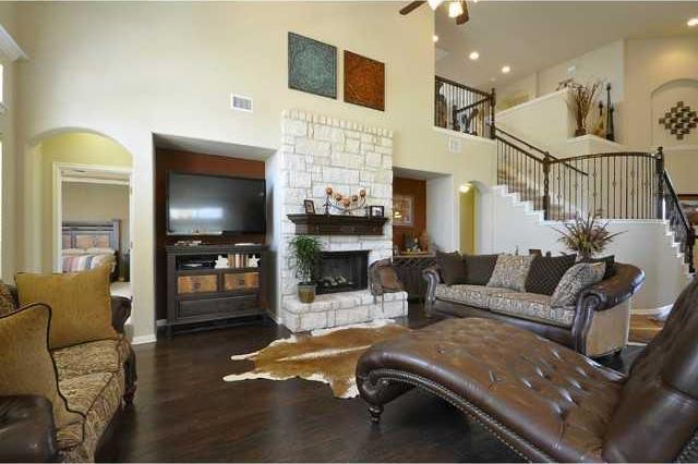 Sold Property | 10901 La Estrella CV Austin, TX 78739 2