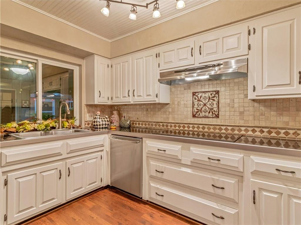 Sold Property | 3112 Spring Lake Drive Bedford, Texas 76021 17
