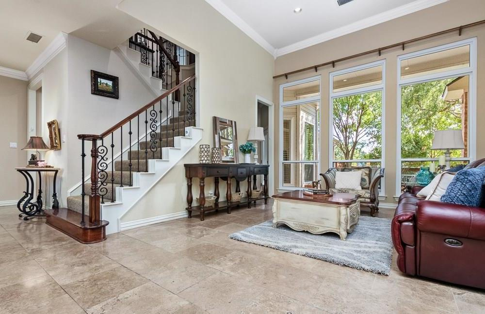 Housed Real Estate  | 4540 Chesterwood Drive Plano, Texas 75093 3