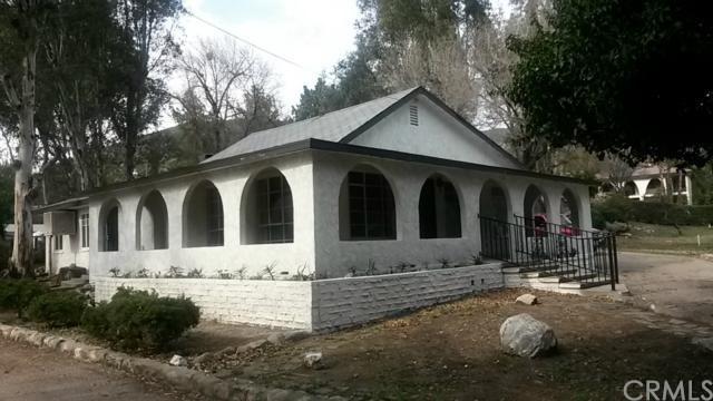 Closed | 15810 Cajon Boulevard San Bernardino, CA 92407 25