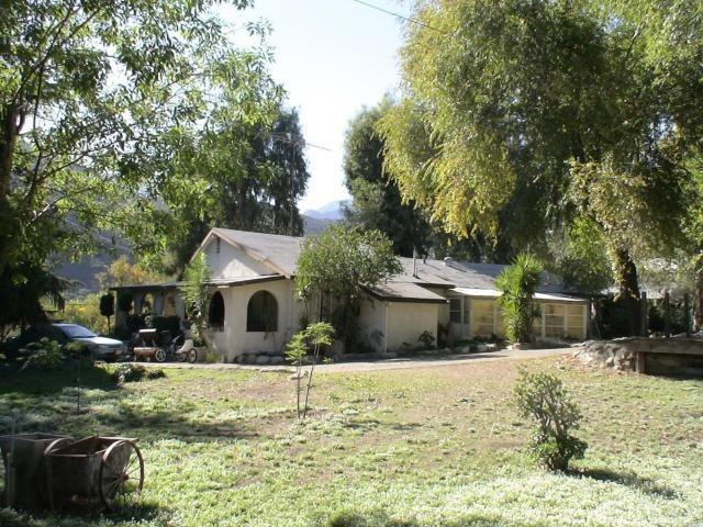 Closed | 15810 Cajon Boulevard San Bernardino, CA 92407 7