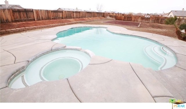 Off Market   21281 CHAMPAGNE Way Apple Valley, CA 92308 2
