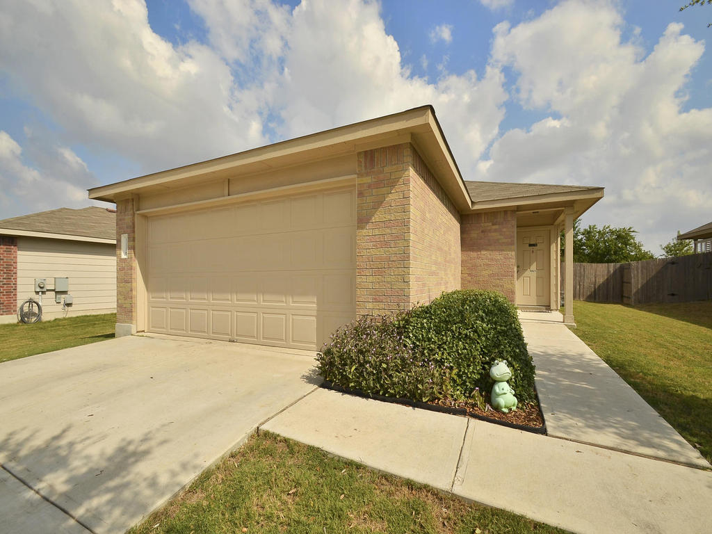 Sold Property   1116 Canada Wild DR Buda, TX 78610 2