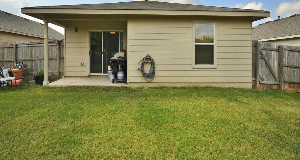 Sold Property   1116 Canada Wild DR Buda, TX 78610 23