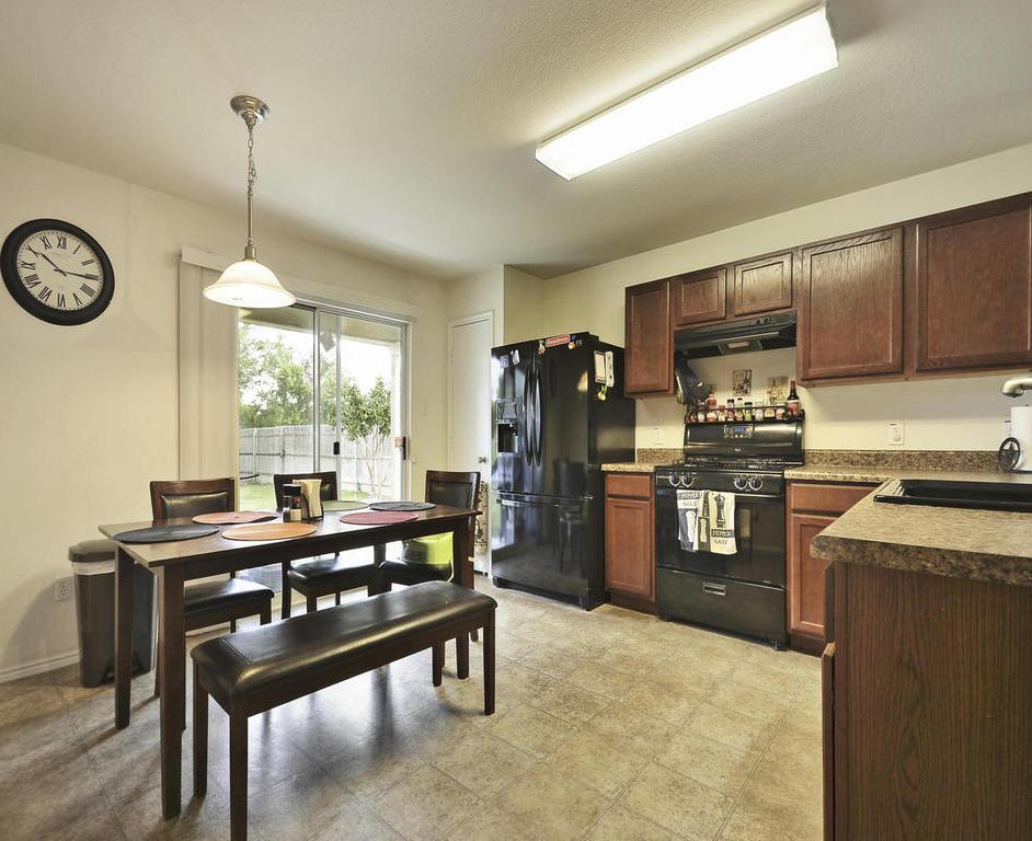 Sold Property   1116 Canada Wild DR Buda, TX 78610 6