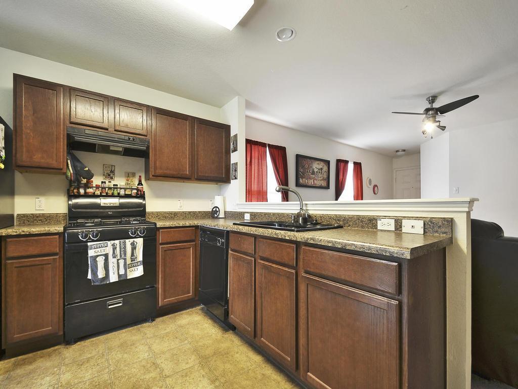 Sold Property   1116 Canada Wild DR Buda, TX 78610 7