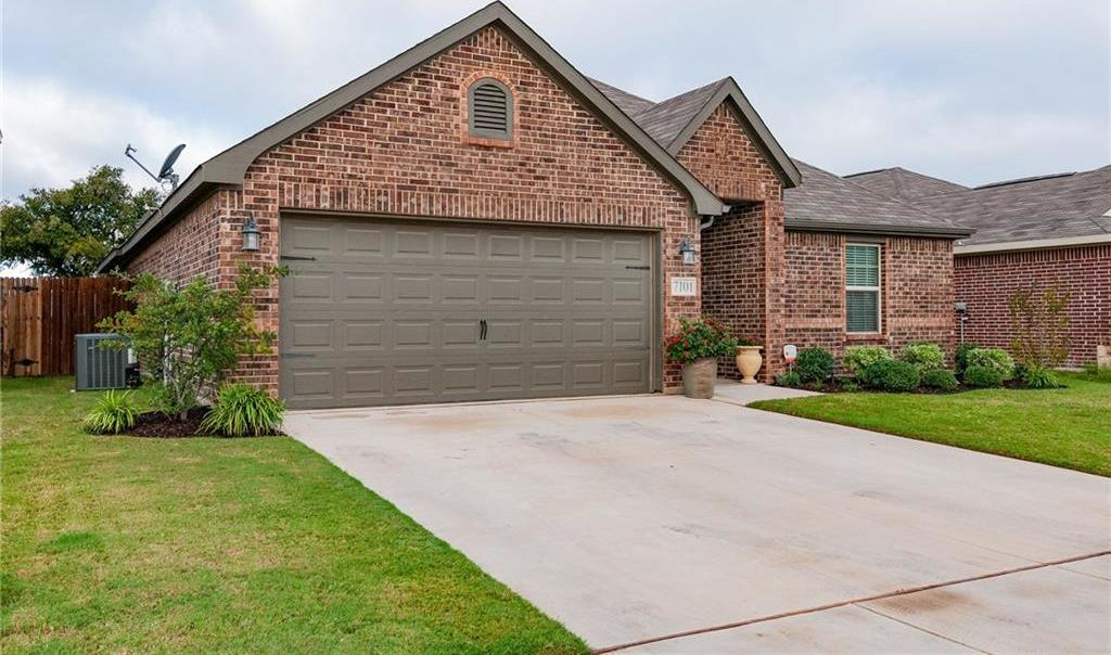 Sold Property | 7101 Mohegan Drive Fort Worth, Texas 76179 2