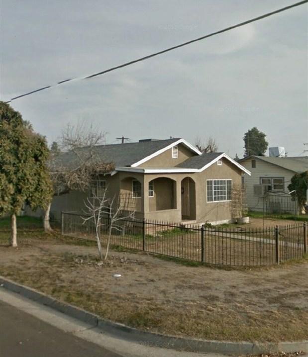 Pending | 260 N D St  Tulare, CA 93274 2