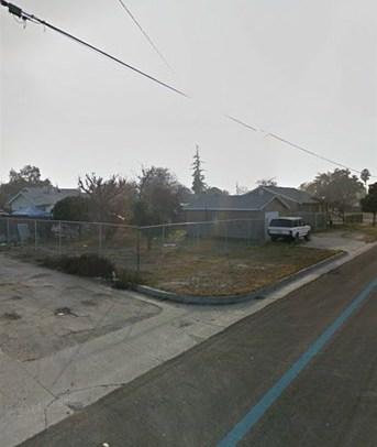 Pending | 260 N D St  Tulare, CA 93274 3