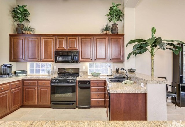 Active Under Contract | 29593 Sandy Court Cathedral City, CA 92234 11