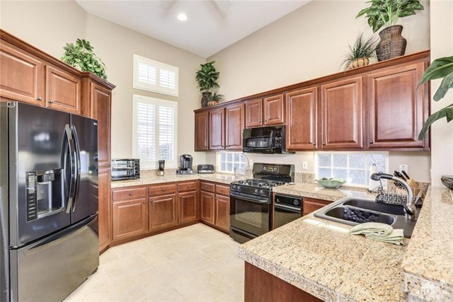 Active Under Contract | 29593 Sandy Court Cathedral City, CA 92234 9