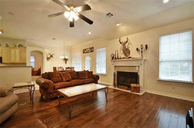 Sold Property | 1906 Moeta Drive Austin, TX 78734 1